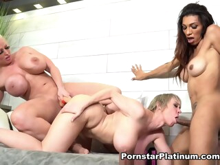 Dee Williams in New Chick for Me shemale big tits shemale fucks girl shemale latin