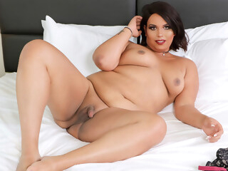 Maria Rose Cums For You - GroobyGirls shemale big ass shemale big tits shemale latin