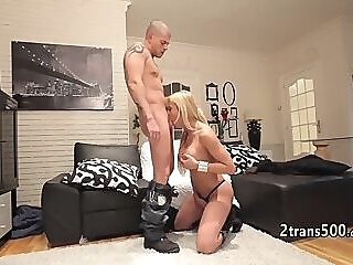Guy loves banging big tranny ass shemale