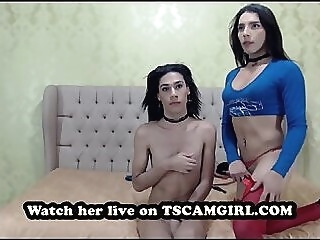 Threesome on cam shemale