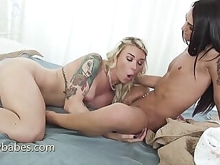 small dick's shemale cums on big tits shemale