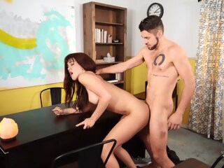 Daisy Taylor And Dante Colle 69 In Office shemale american shemale big tits shemale hd
