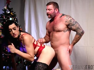 TRANSEROTICA Bambi Bliss Xmas Banging Before Warm Facial shemale bareback shemale big ass shemale big cock